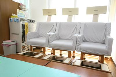 ヘルストロン|接骨院 大府市 腰痛治療